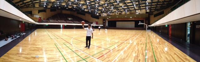 鳥屋野体育館にて.JPG